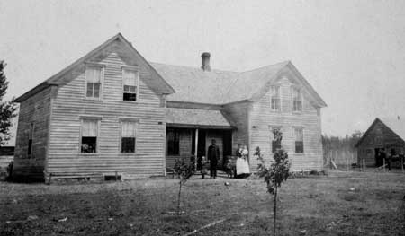 Home in South Dakota: Frank Svejkovsky, Bozana Fridrich Svejkovsky, and daughters Ludmilla, Albina, Bessie.