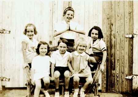 Bob Hutchison and the Girls (sisters and cousins), about 1933.